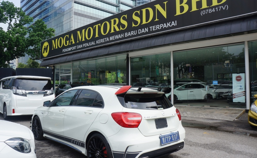 Driven: Mercedes-Benz A45 4MATIC AMG! Speed and Comfort Works Flawless